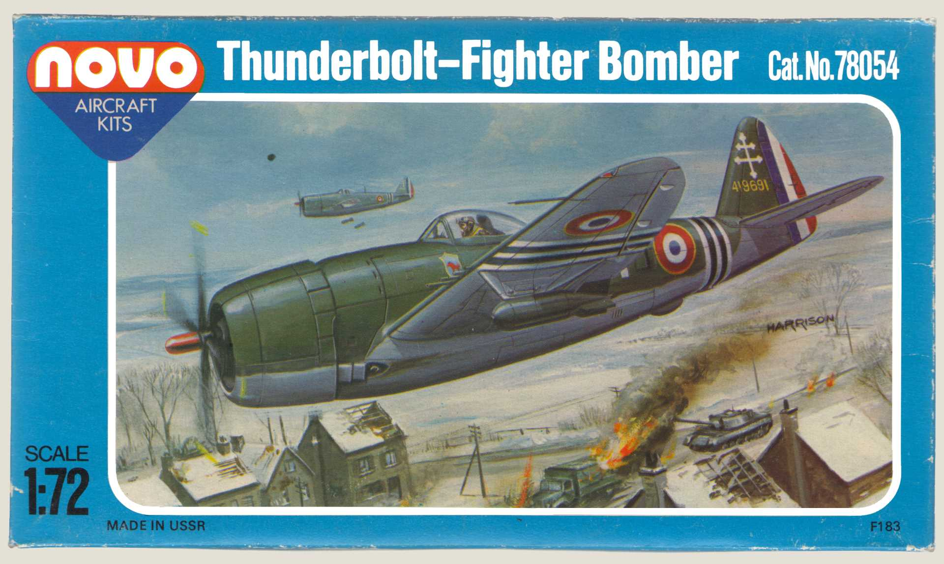Коробка NOVO F183 Thunderbolt - Fighter Bomber